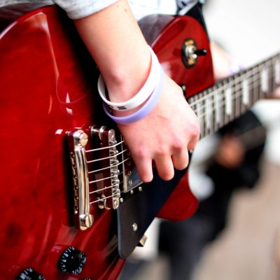 Mondo rítmica música guitarra eléctrica roja combos pop rock